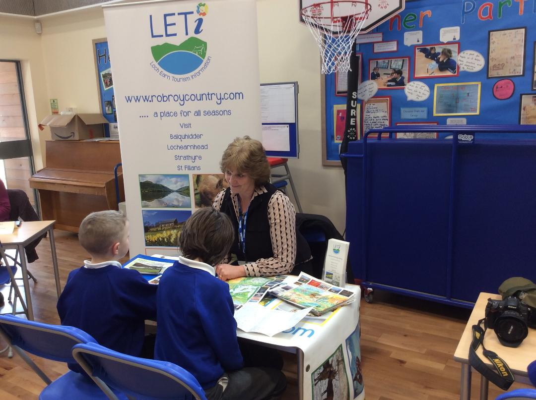 Kim Proven of Briar Cottages and LETi Chair -at Strathyre Primary School
